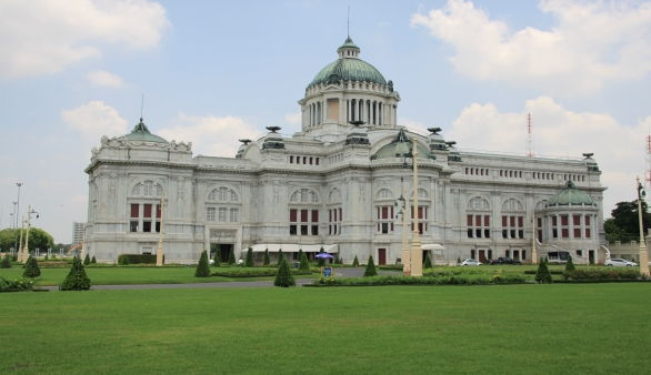 Anantasamakom Throne Hall