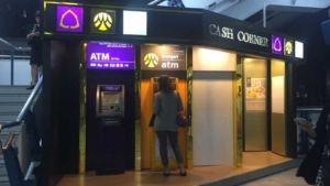 Geld abheben und Geld wechseln in Bangkok